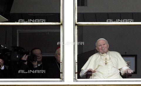Alinari - Finestra del papa ...