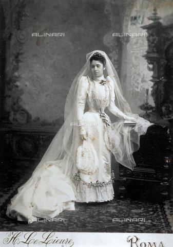Vestiti Da Sposa 1900.Vestiti Da Sposa 1900 Modelli Alla Moda Di Abiti 2018
